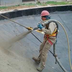 Concreto projetado por via úmida